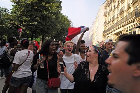 18g15 Francia campeona del mundo fútbol_0207 variante Uti 485