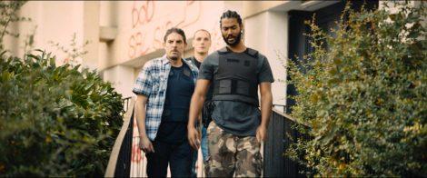 Les acteurs Alexis Manenti, Damien Bonnard, Djebril Didier Zonga du film Les Misérables
