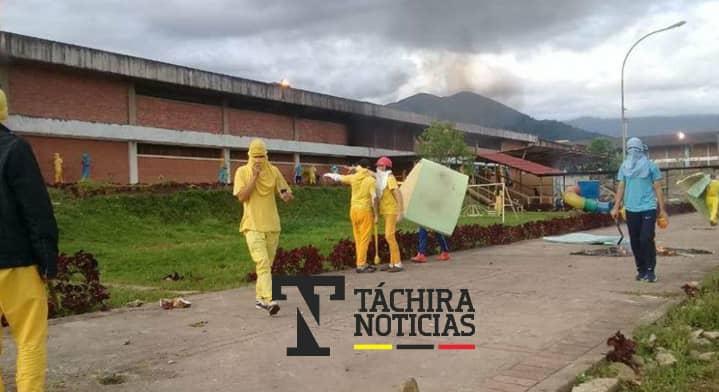 Táchira: Siete custodios fueron secuestrados por presos del CPO