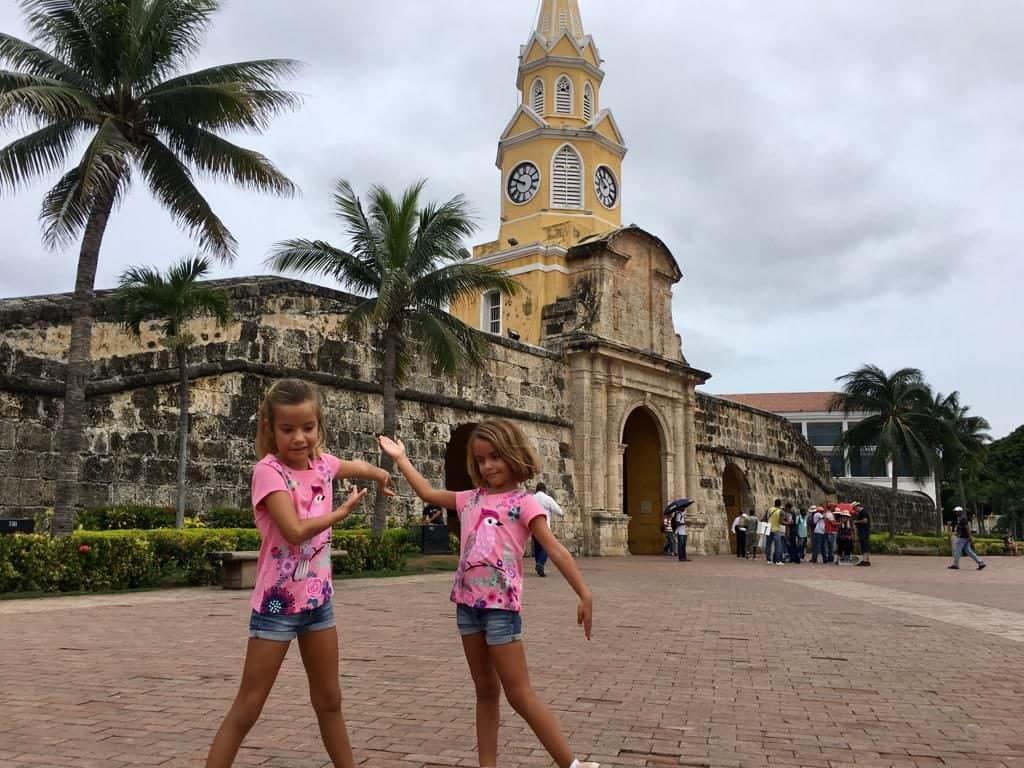 Plaza del reloj en Cartagena.