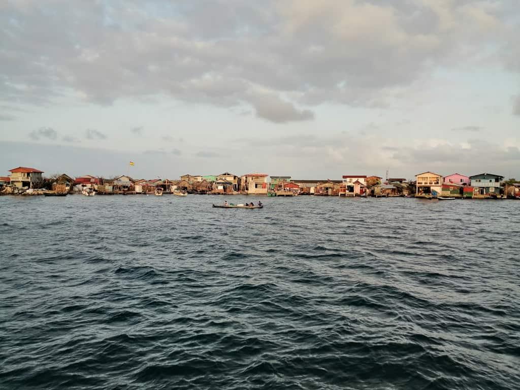 Rio Sidra desde nuestro fondeo.