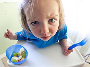 enfant bébé ne mange pas astuces