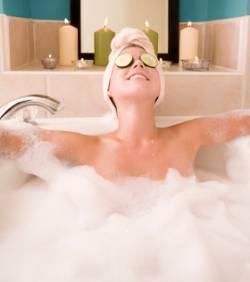 routine beauté avant après bébé bain moussant