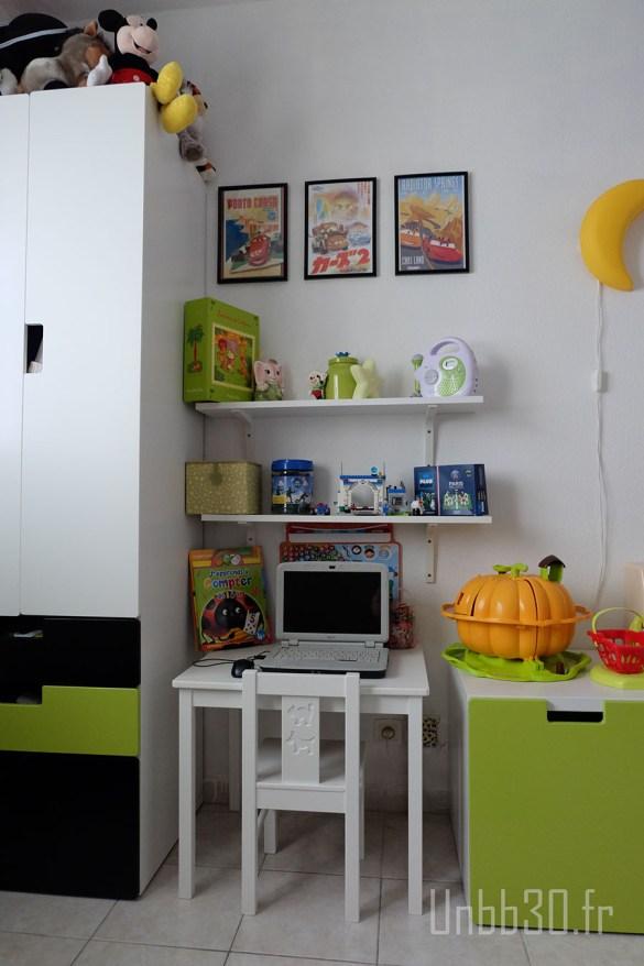 chambre enfant garçon meubles stuva ikéa coin bureau