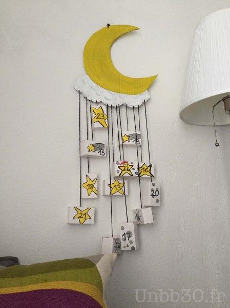 calendrier de l'avent réversible en forme de lune