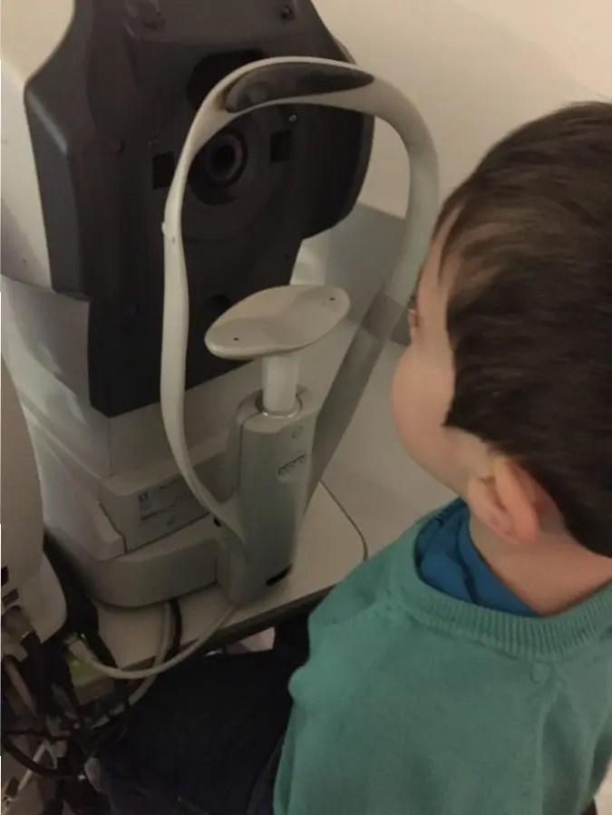 Sa première visite chez l'Ophtalmologiste
