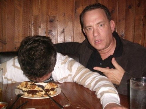 tom-hanks-reddit-585x438