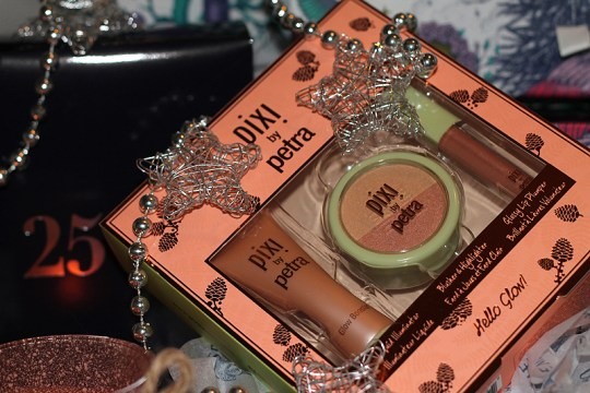 Pixi by Petra Hello Glow Set