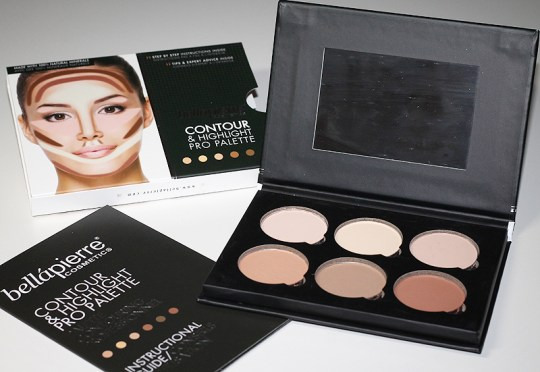 Special Gift: BelláPierre Contour & Highlight Pro Palette