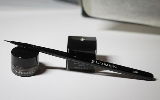 Eyeliner Brush mit Deckel