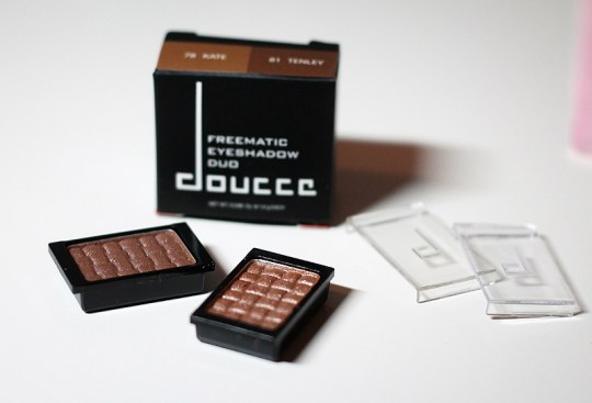 Doucce: Freematic Eyeshadow Duo