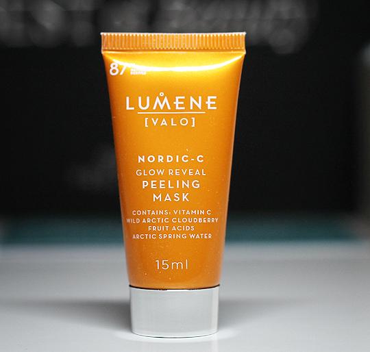 (Lumene) - [VALO] Nordic-C Glow Reveal Peeling Mask