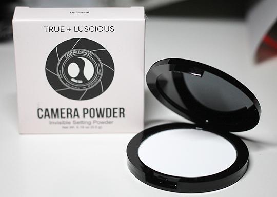 (True + Luscious) Camera Powder Invisible Setting Powder