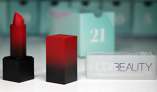 "Kästchen Nr. 21: Huda Beauty Power Bullet Matte Lipstick ""El Cinco de Mayo"""