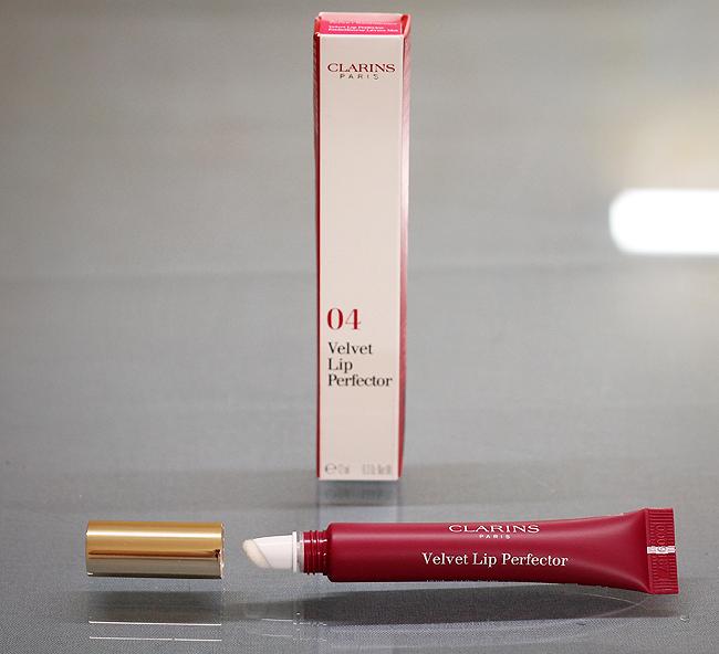 """(Clarins) Velvet Lip Perfector in """"04 Velvet Raspberry"""""""