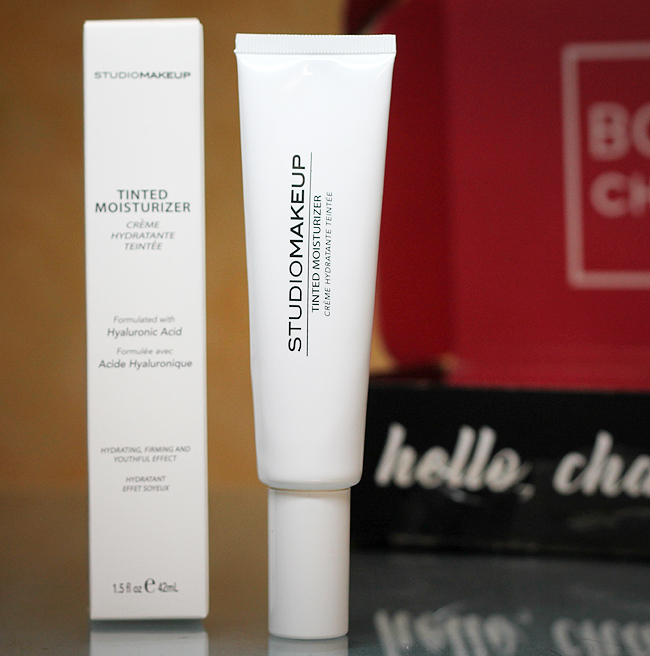 "BoxyCharm April 2021 - [Studio Makeup] Tinted Moisturizer in ""Honey Light"""