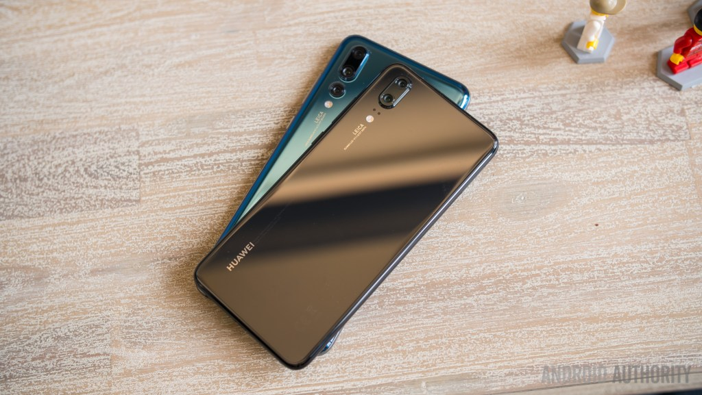 Huawei-P20 and-P20-Pro-smartphones-UnBumf