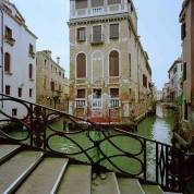 Liu-Bolin-Lagoon-City-of-Venice-2010
