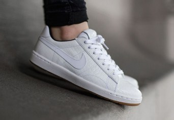 nike-wmns-tennis-classic-ultra-prm-croc-available-now-6