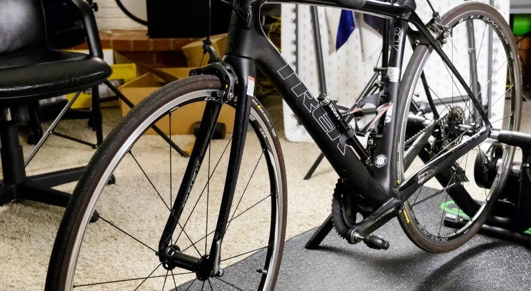 Domane mounted on Magnus for indoor cycling