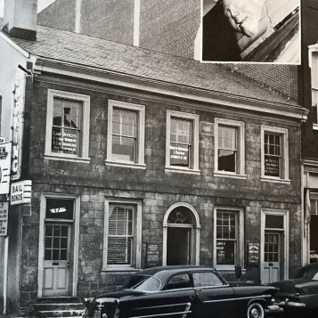 "The Bowsman building with the ""evesdropper"" as it appeared circa 1962 nearly 200 years after it was built."