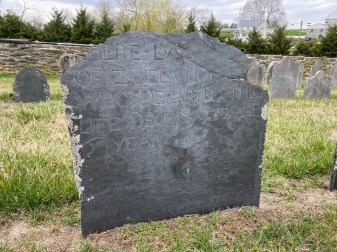 Izabela Moore's 1732 headstone.
