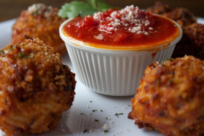 Fried spaghetti balls