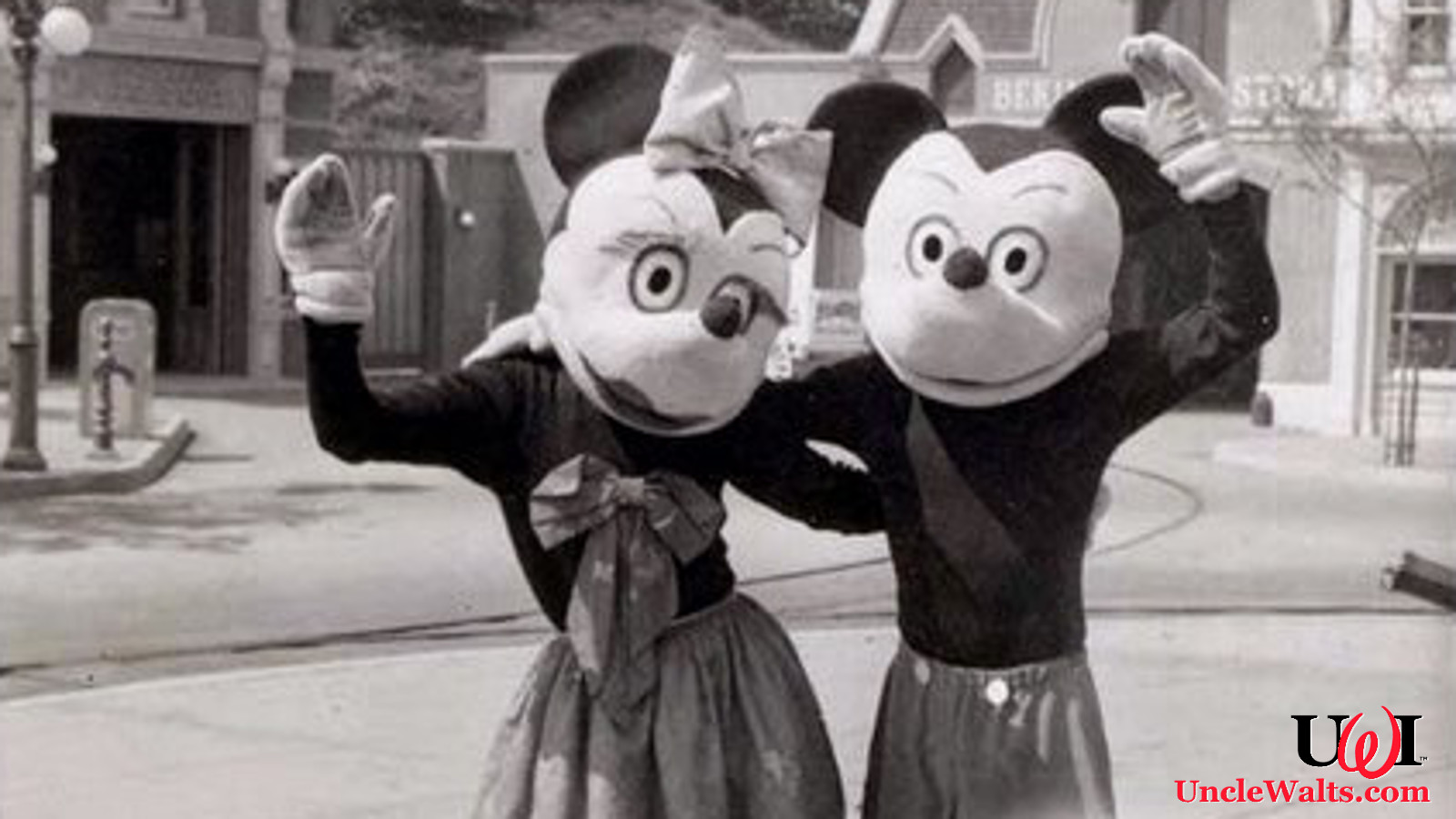 Quot Vintage Quot Characters To Return For Disneyland S 65th