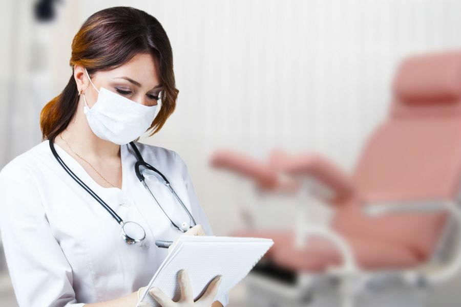 осмотр у хирурга-гинеколога