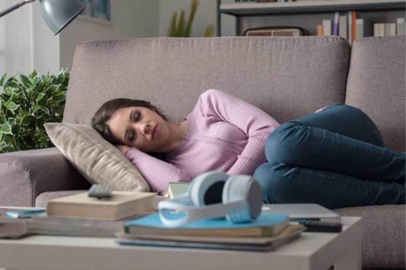 Утомляемость у девушки