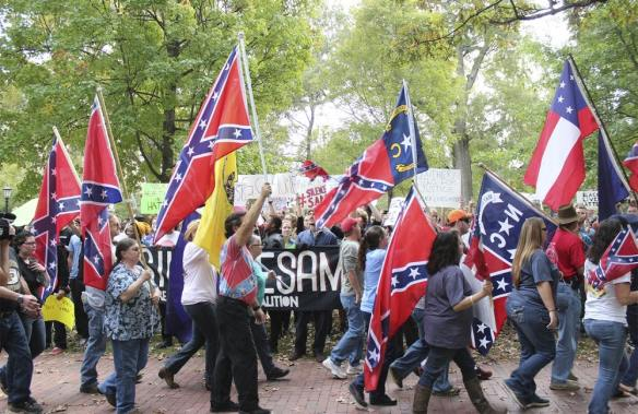 Confederate Rally and Counter-Protest, Photo by Allison Strickland in The Daily Tar Heel, 26 October 2015.