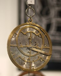 Jean Fusoris's planispheric astrolabe (c.1400). Photograph by Sage Ross. [GFDL (http://www.gnu.org/copyleft/fdl.html) or CC BY-SA 3.0 (http://creativecommons.org/licenses/by-sa/3.0)], via Wikimedia Commons