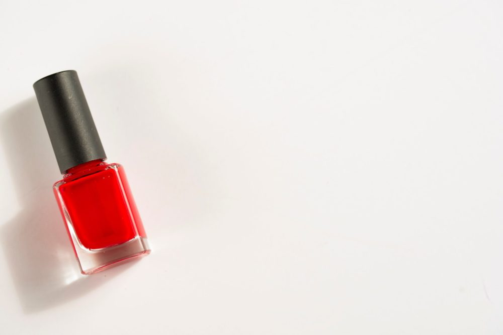 20 Amazing Non-Toxic Nail Polish Brands - Uncommonly Well