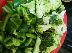 brocolli-and-capsicum-0