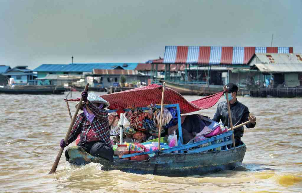 Life is always floating on Tonle Sap