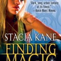 Finding Magic (Downside Ghosts # 0.5) – Stacia Kane