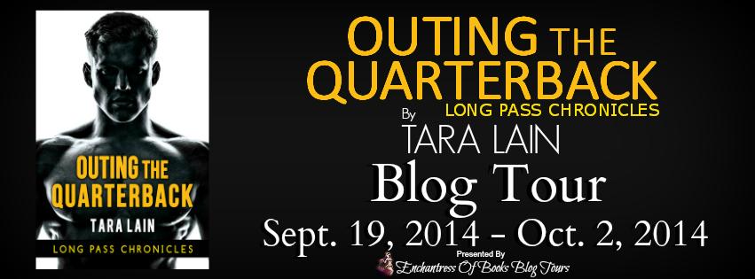 Blogtour and Review: Outing the Quarterback - Tara Lain