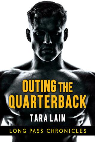 Blogtour and Review: Outing the Quarterback – Tara Lain