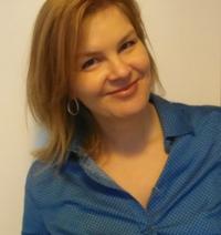 Katie Hayoz - (un)Conventional bookviews