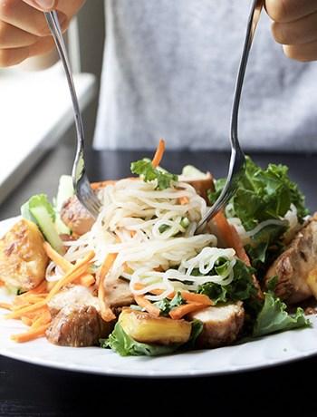 Vietnamese Lemongrass Chicken Noodle Salad (GF, Low-Carb, DF)