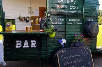 Wonky Donkey Bar 2 - outdoor bar for wedding day