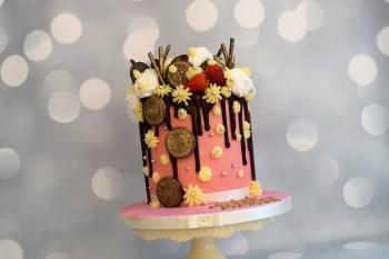 Bake to the future pink drip wedding cake - alternative wedding cake 2
