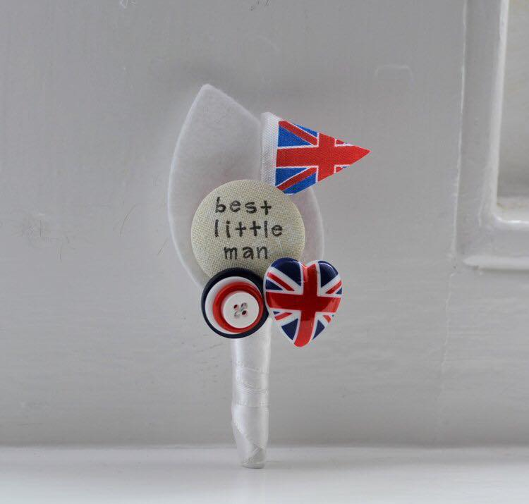 I heart buttons - royal wedding button hole - little best man