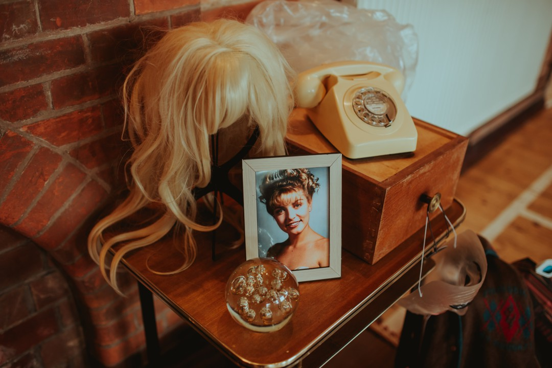 A Twin Peaks Wedding Styled Shoot - alternative - unconventional - laura palmer - wig