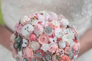 Alice in Wonderland wedding inspiration - button bouquet 1 - alternative and unconventional wedding