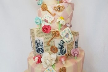 Alice in Wonderland wedding inspiration - cake - alice - alternative and unconventional wedding