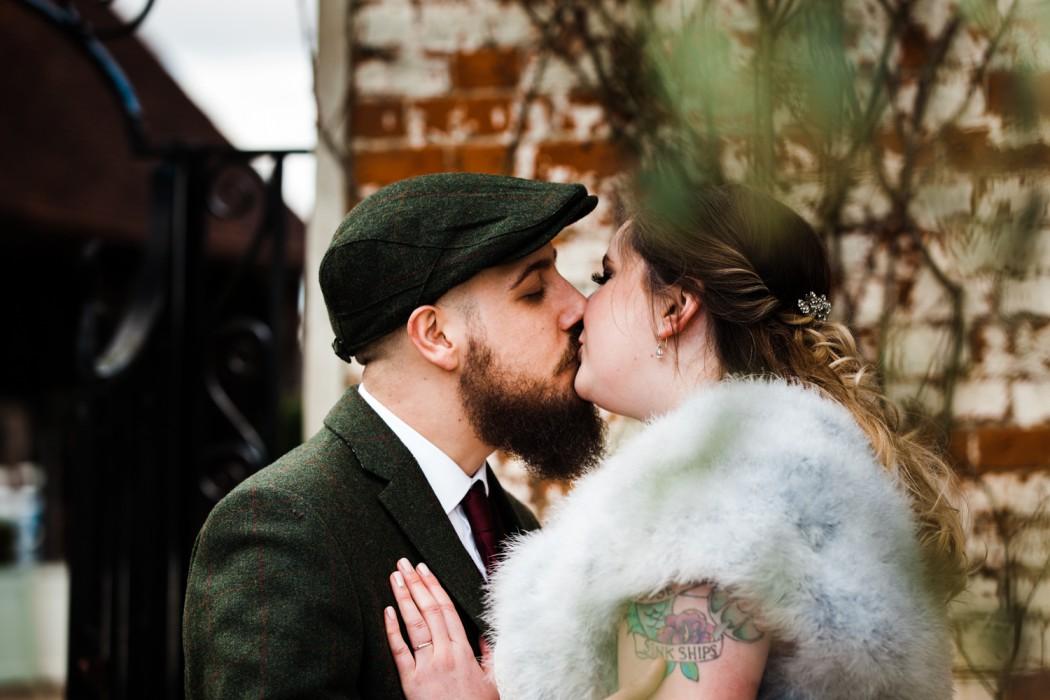 photographer -Nathalie Delente - couple kissing