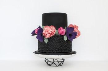 The Cake Spa - Modern, alternative wedding cakes 2