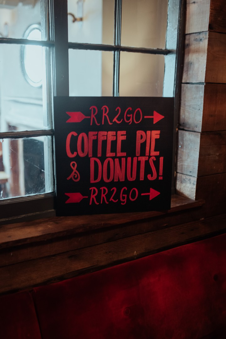 A Twin Peaks Wedding Styled Shoot - alternative - unconventional - coffee, pie and donuts