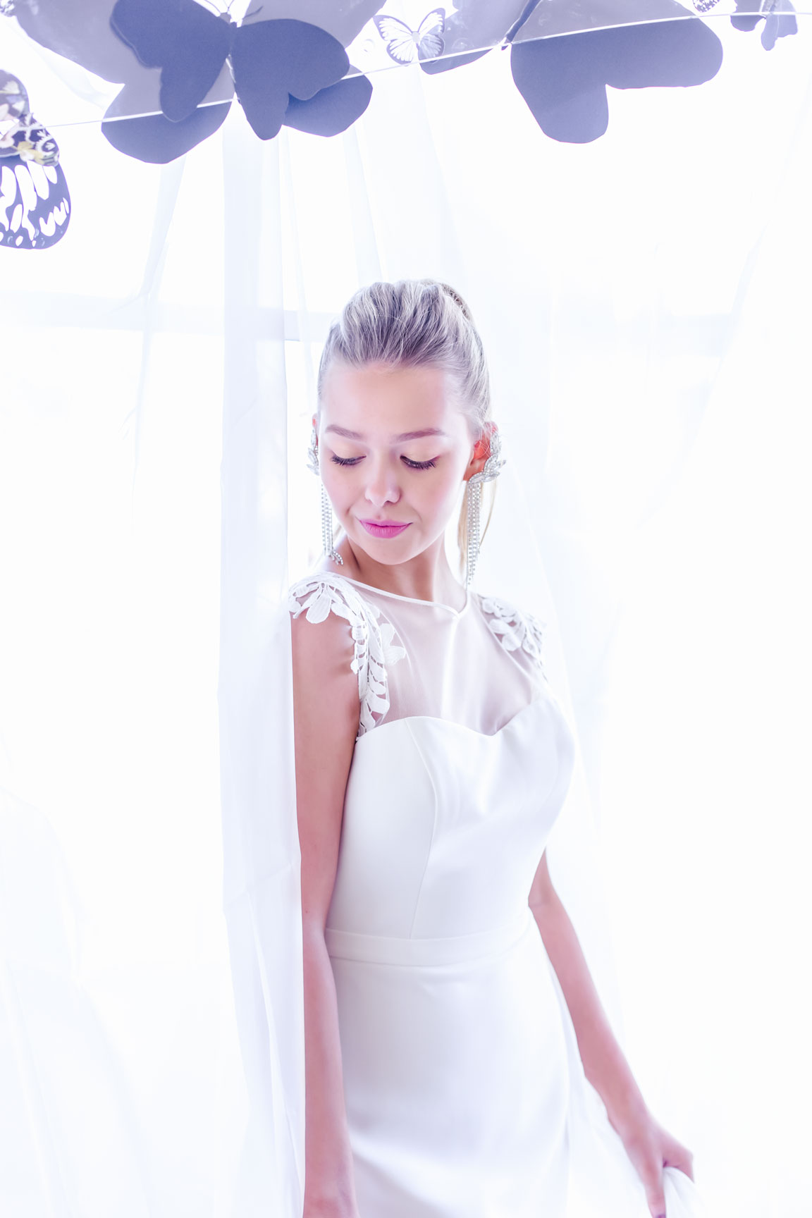May & Grace Bridal - 3 alternative bridal looks 10 - modern bride